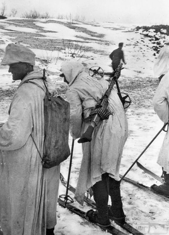 15935 - Военное фото 1941-1945 г.г. Восточный фронт.