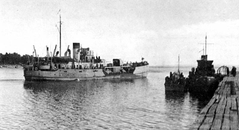 15980 - Военное фото 1941-1945 г.г. Восточный фронт.