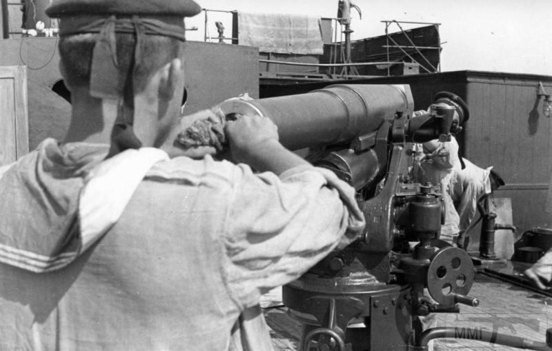 15989 - Военное фото 1941-1945 г.г. Восточный фронт.