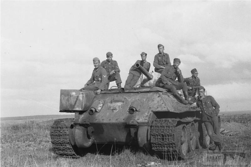 15996 - Военное фото 1941-1945 г.г. Восточный фронт.