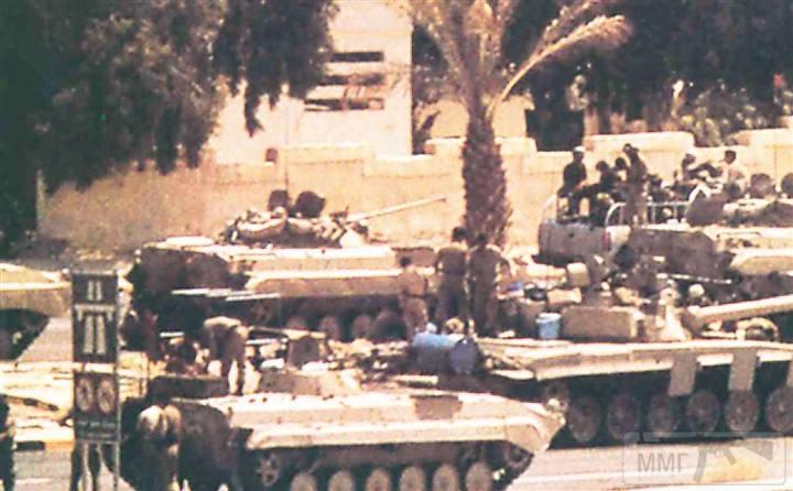 16279 - Бронетехника Республиканской гвардии в Кувейте