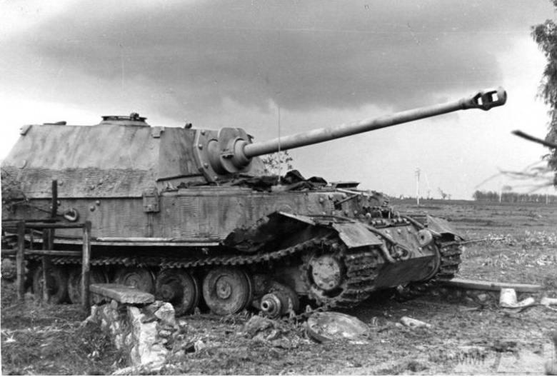 16412 - Военное фото 1941-1945 г.г. Восточный фронт.