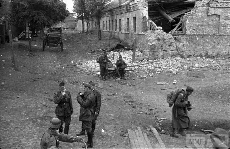 16485 - Оккупированная Украина в фотографиях