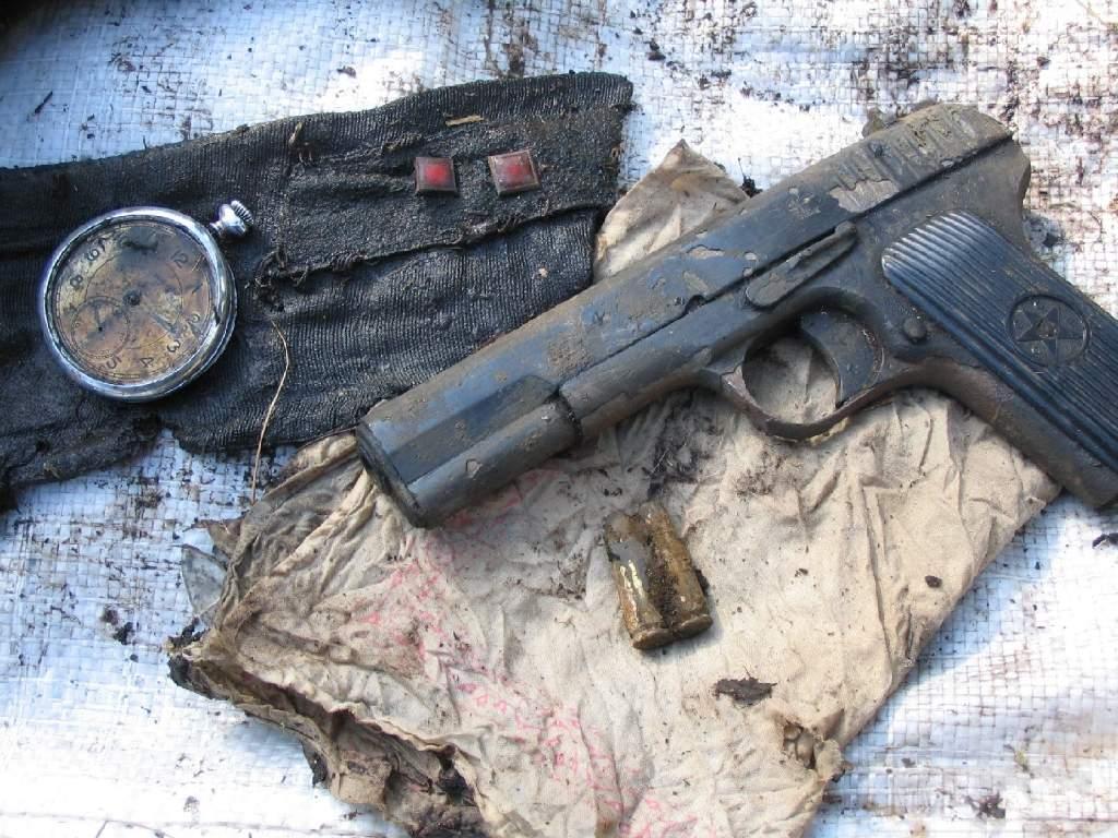 1660 - Пистолет ТТ (Тульский Токарева)