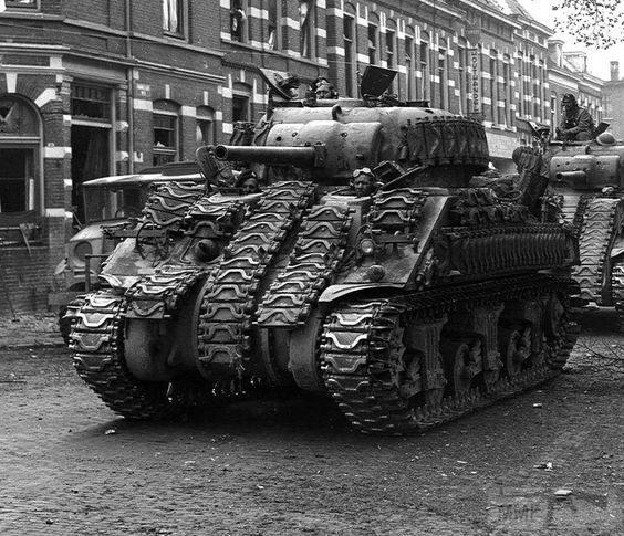 16605 - Военное фото 1939-1945 г.г. Западный фронт и Африка.