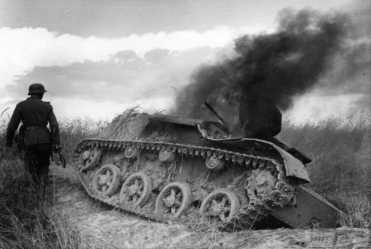 16789 - Военное фото 1941-1945 г.г. Восточный фронт.