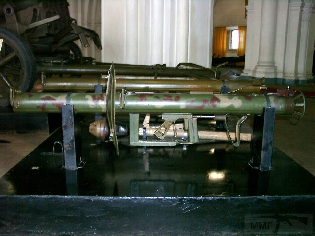 1680 - Реактивный противотанковый гранатомет RPzB.43 Ofenrohr Офенрор / RPzB.54 Panzerschreck Панцершрек