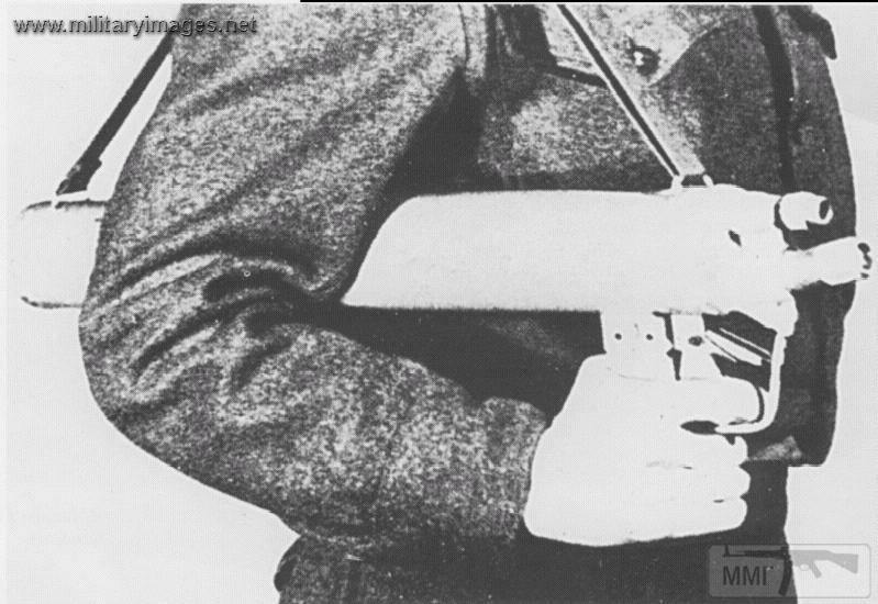 16839 - Одноразовый огнемет Einstoßflammenwerfer 44