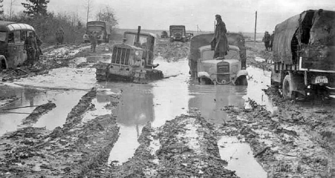 16881 - Военное фото 1941-1945 г.г. Восточный фронт.