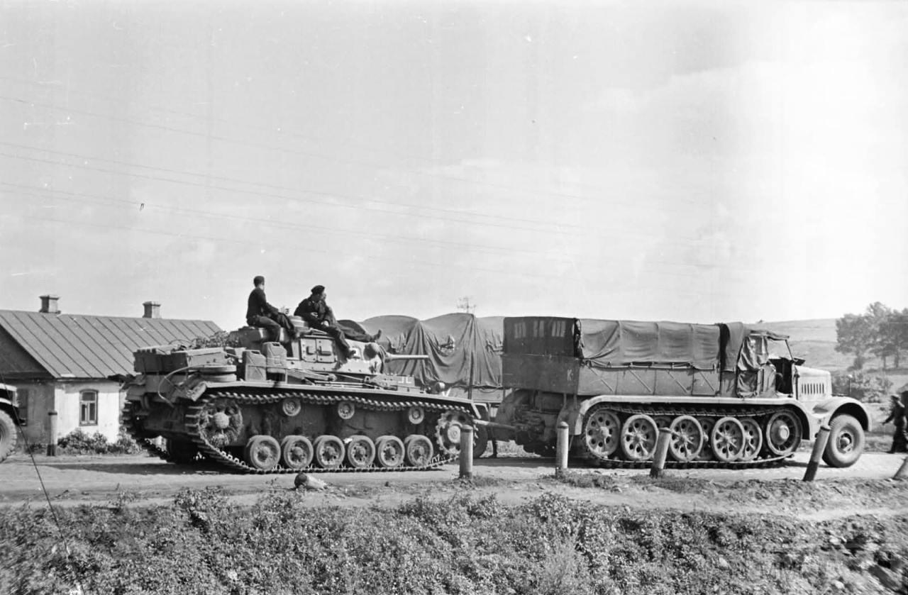 16914 - Грузовые и спец.автомобили Третьего рейха