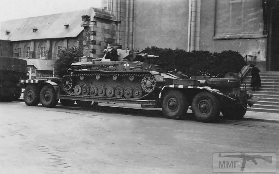 16916 - Грузовые и спец.автомобили Третьего рейха