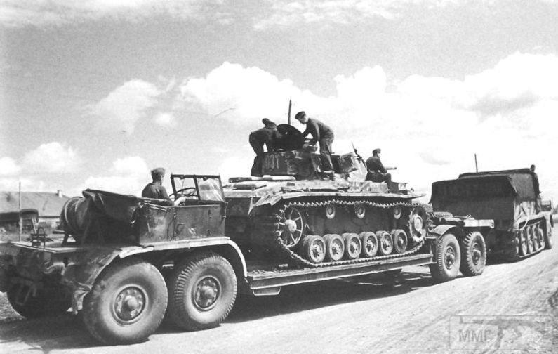 16920 - Грузовые и спец.автомобили Третьего рейха
