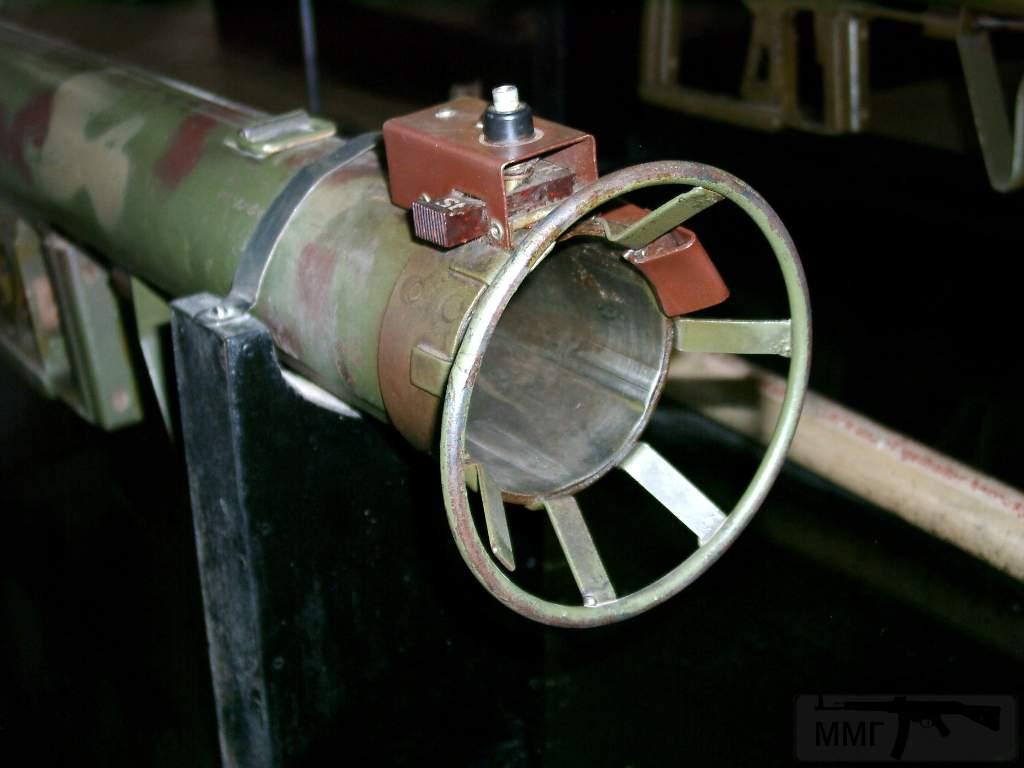 1693 - Реактивный противотанковый гранатомет RPzB.43 Ofenrohr Офенрор / RPzB.54 Panzerschreck Панцершрек