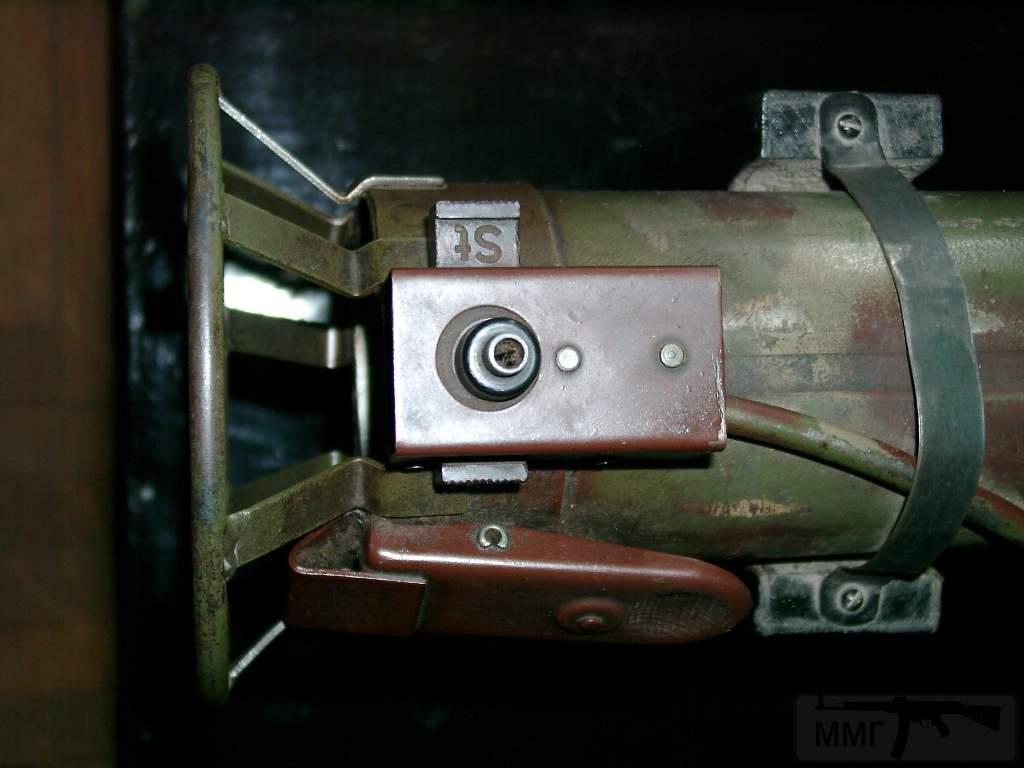 1695 - Реактивный противотанковый гранатомет RPzB.43 Ofenrohr Офенрор / RPzB.54 Panzerschreck Панцершрек