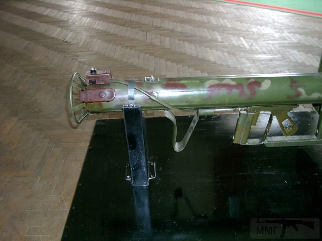 1697 - Реактивный противотанковый гранатомет RPzB.43 Ofenrohr Офенрор / RPzB.54 Panzerschreck Панцершрек