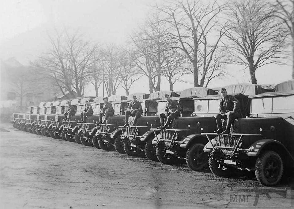 17007 - Грузовые и спец.автомобили Третьего рейха
