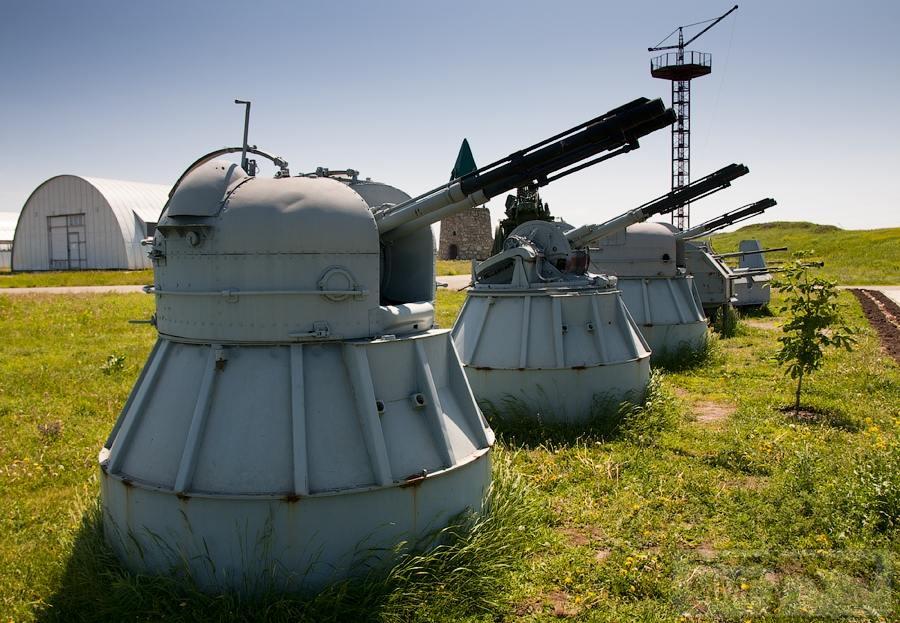 17020 - Корабельные пушки-монстры в музеях и во дворах...