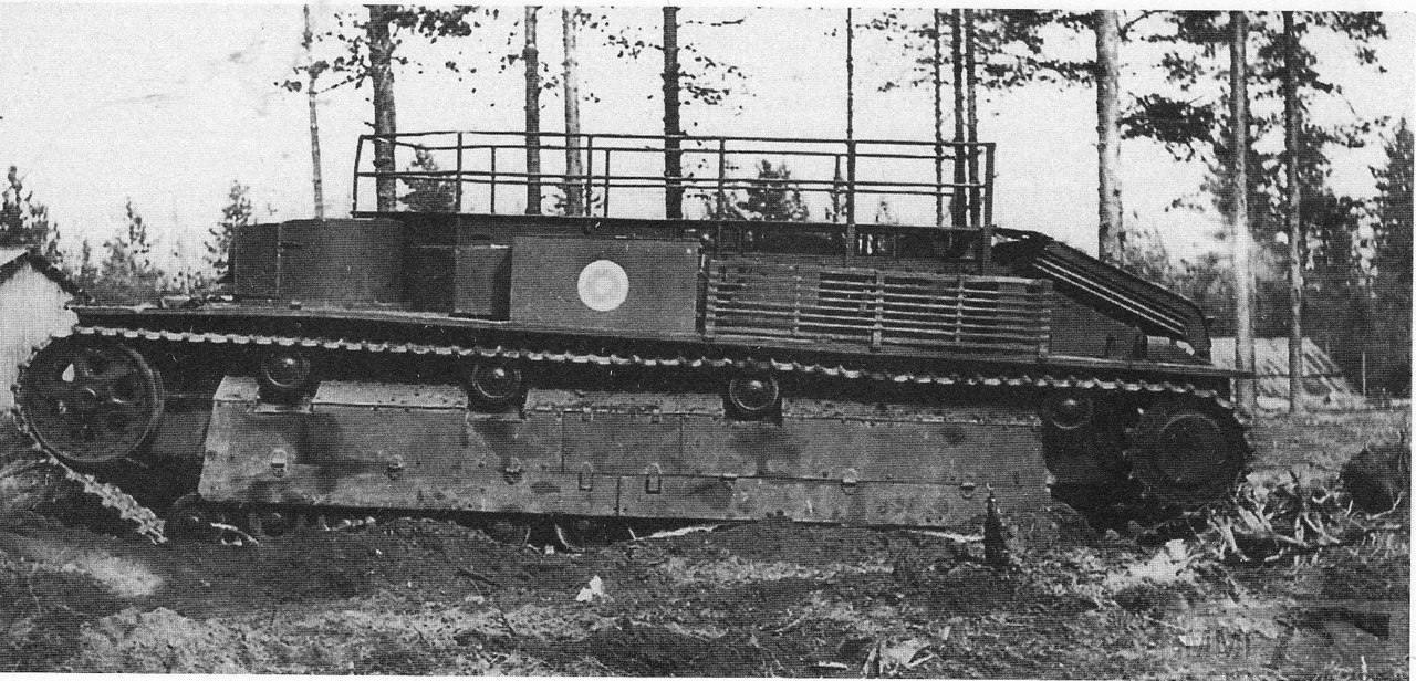 17031 - Трофейный советский танк Т-28, переделанный финнами в ремонтно-эвакуационную машину. 1945 год.