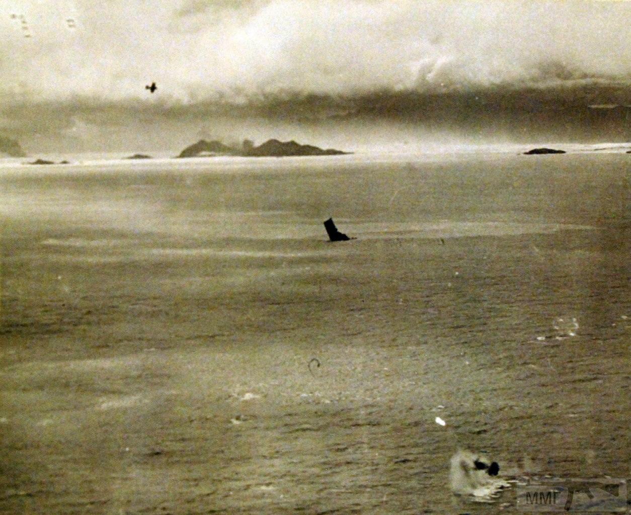 17106 - Военное фото 1941-1945 г.г. Тихий океан.