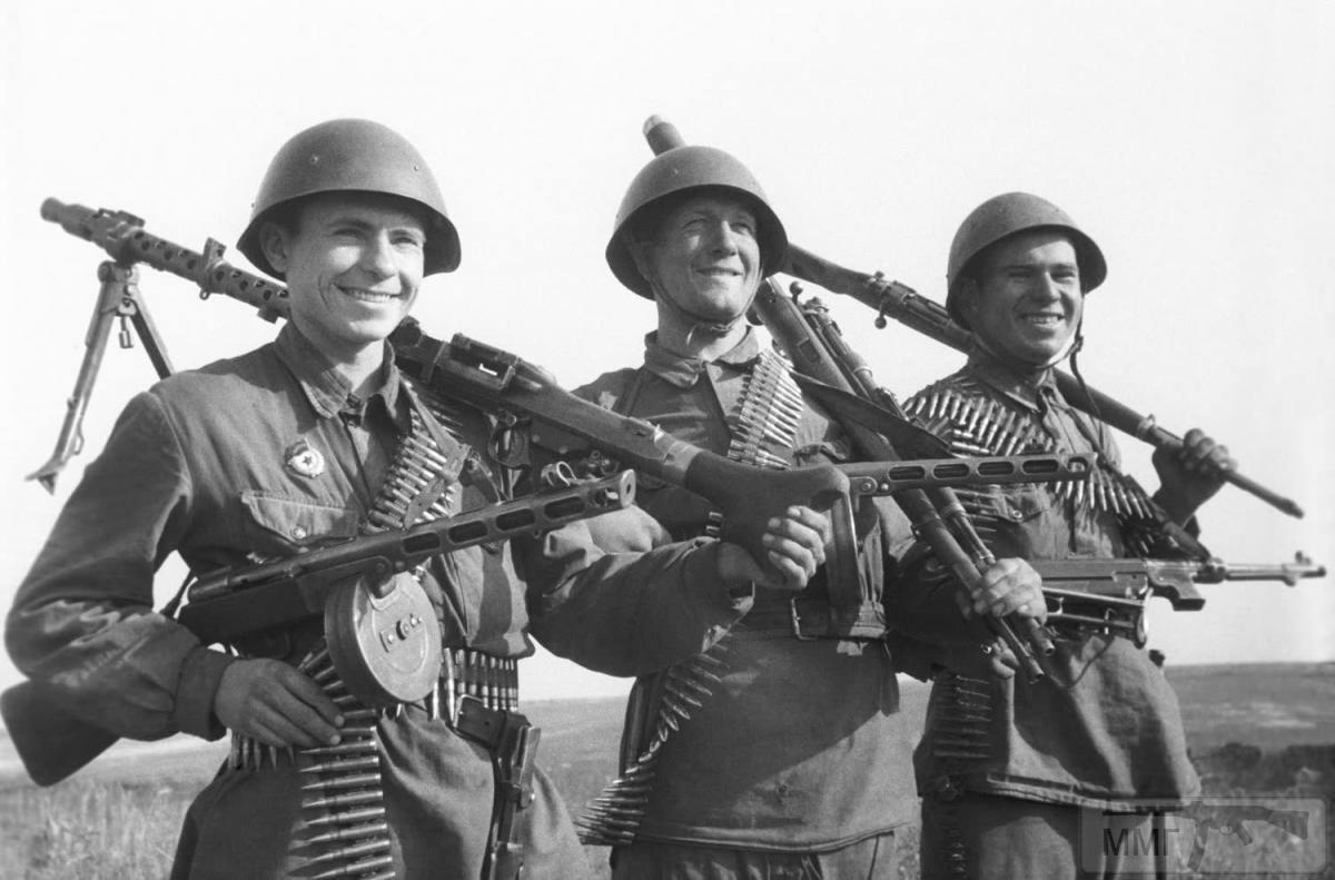 17128 - Военное фото 1941-1945 г.г. Восточный фронт.