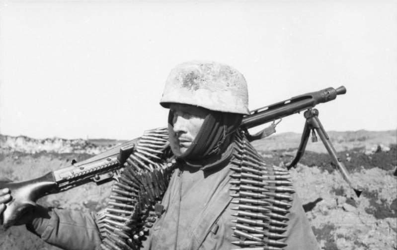 1715 - MG-42 Hitlersäge (Пила Гитлера) - история, послевоенные модификации, клейма...