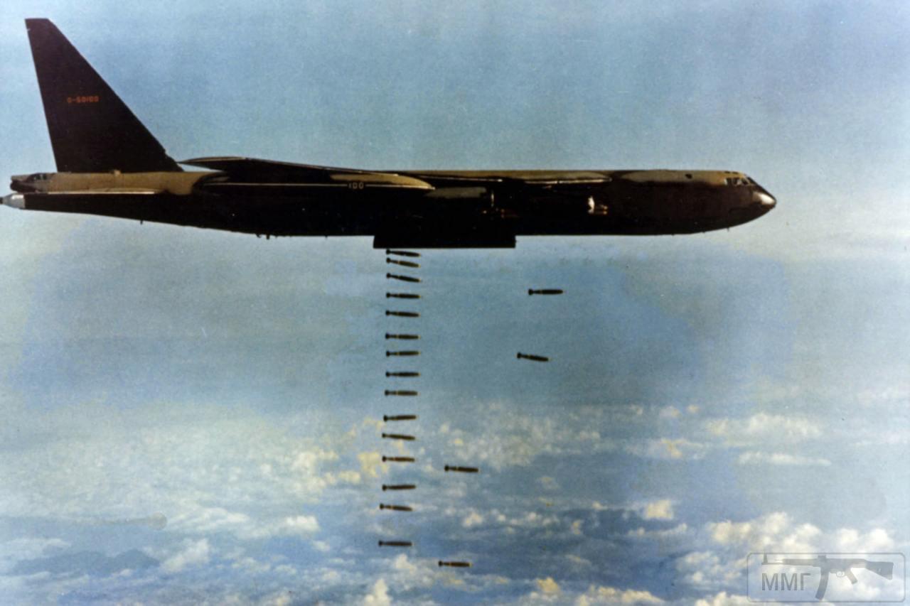 17353 - Бомбардировки Северного Вьетнама