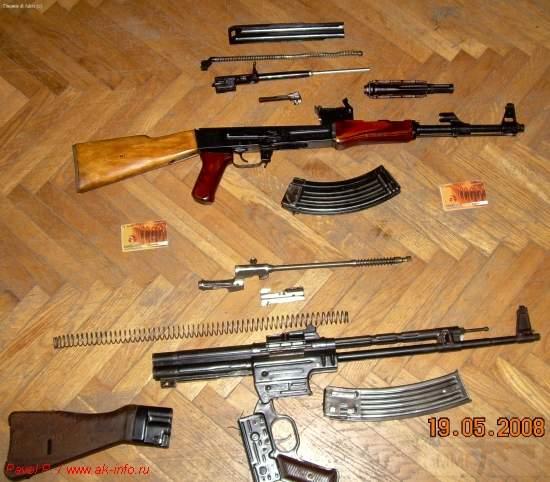 """1751 - """"Неполная"""" разборка АК и STG-44"""