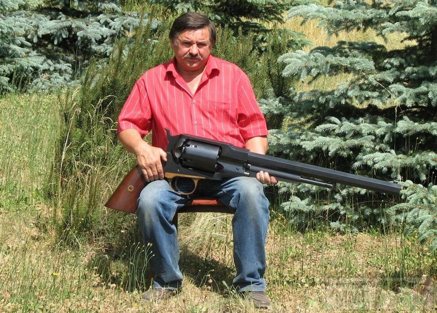 17730 - А давайте сравним пистолеты?