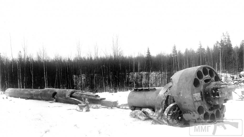 18117 - 420-мм безоткатная пушка С-103 после разрыва ствола