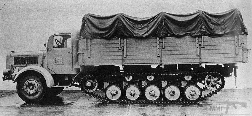 18129 - Грузовые и спец.автомобили Третьего рейха