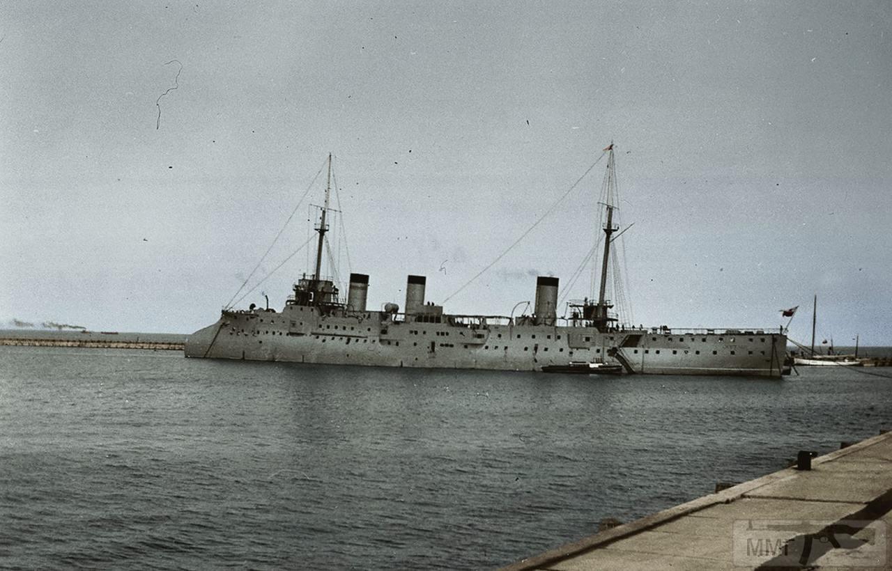 18379 - Корабли – уроды.
