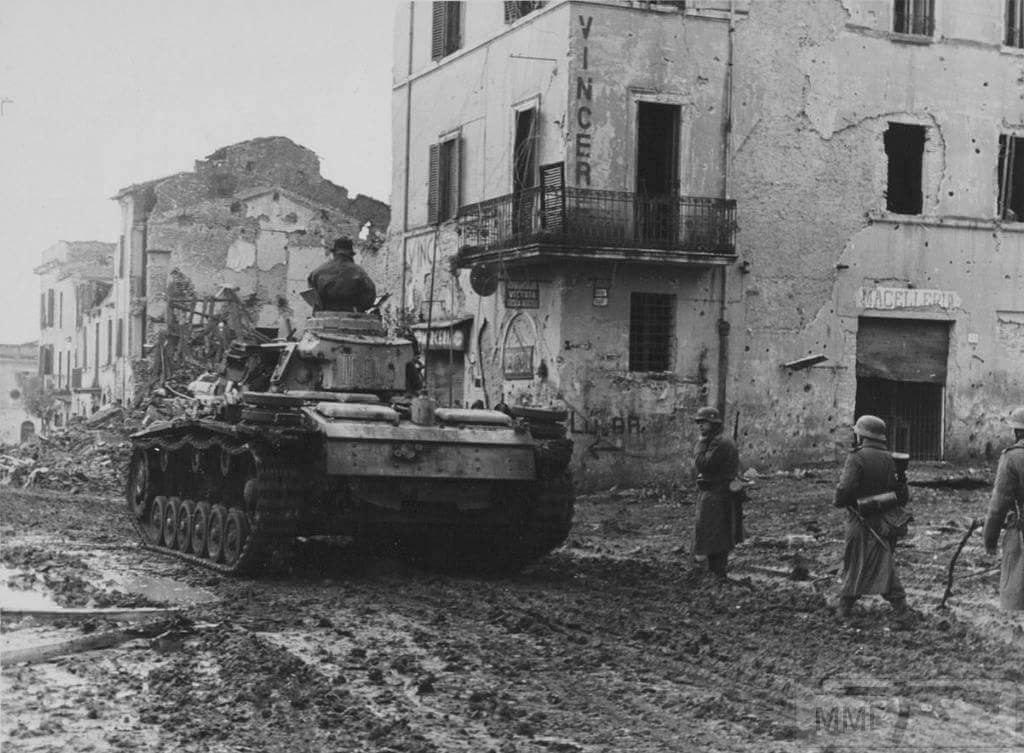 18537 - Achtung Panzer!