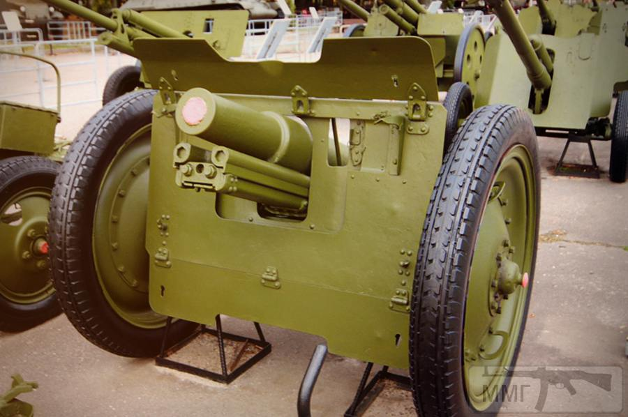 18602 - Колеса и лафет на полевую пушку обр 1927 года