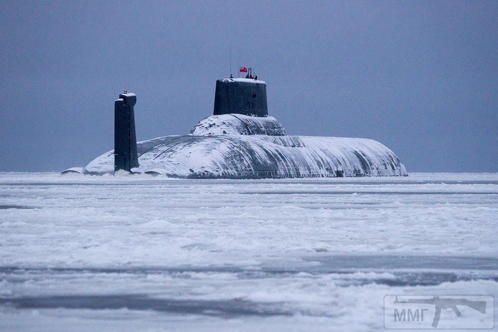 18666 - Атомные субмарины.
