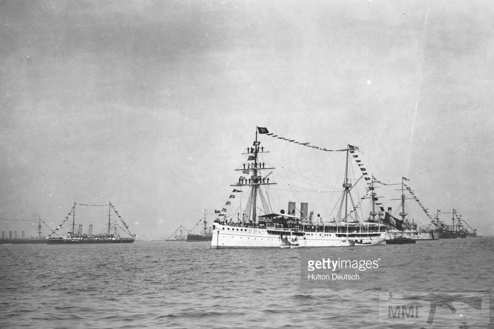 18822 - Броненосцы, дредноуты, линкоры и крейсера Британии