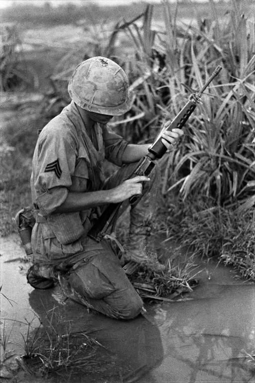 1926 - Семейство Armalite / Colt AR-15 / M16 M16A1 M16A2 M16A3 M16A4
