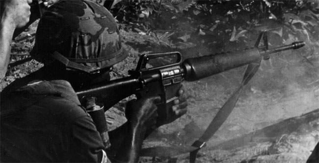 1927 - Семейство Armalite / Colt AR-15 / M16 M16A1 M16A2 M16A3 M16A4