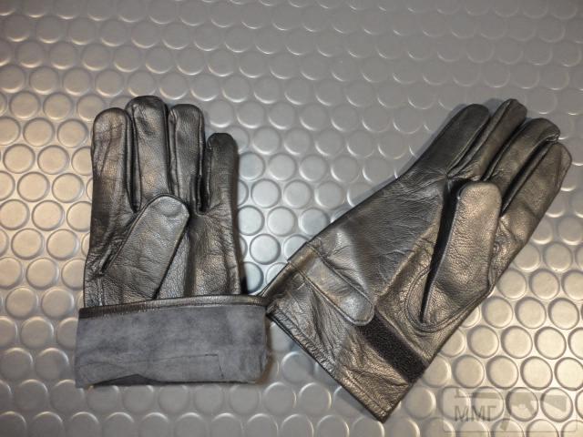 19892 - Кожаные перчатки армии Франции. Новые,склад 150 грн. пара