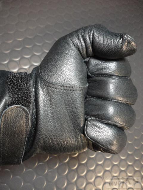 19897 - Кожаные перчатки армии Франции. Новые,склад 150 грн. пара