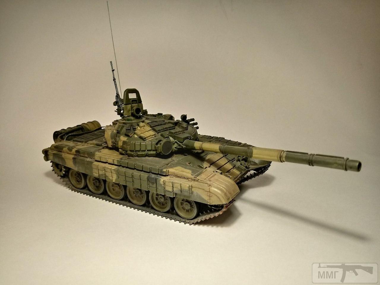 20381 - Т-72Б. 1/35. Звезда.