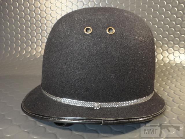"20464 - Шлем полицейский Англия ""Бобби""."