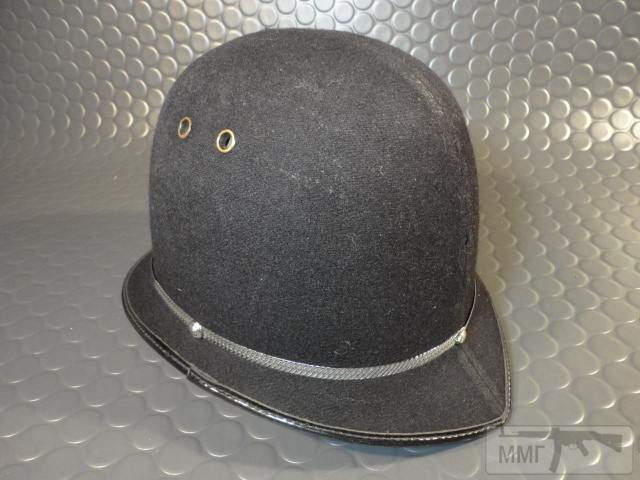 "20466 - Шлем полицейский Англия ""Бобби""."