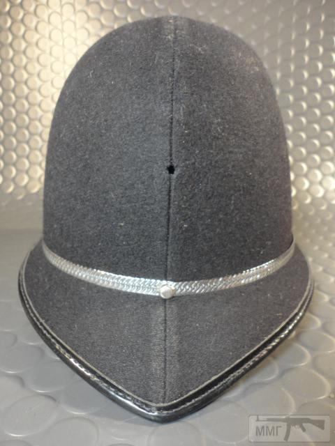 "20467 - Шлем полицейский Англия ""Бобби""."