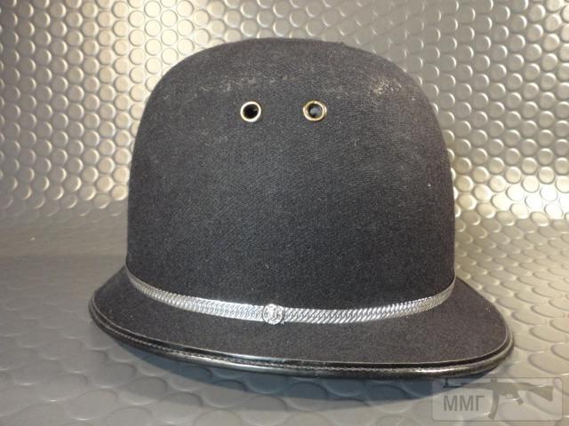 "20472 - Шлем полицейский Англия ""Бобби""."