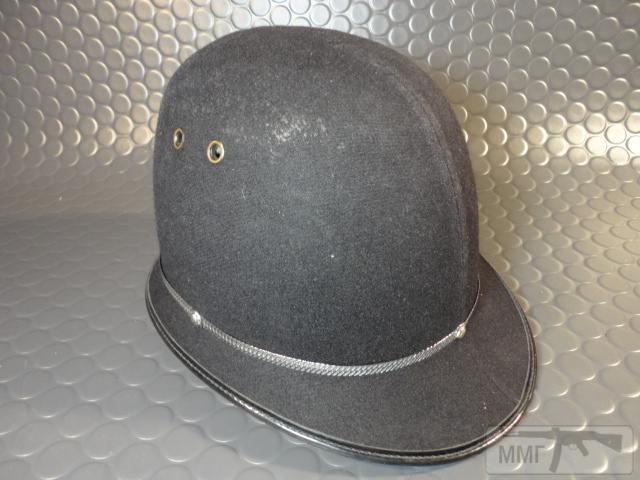 "20474 - Шлем полицейский Англия ""Бобби""."