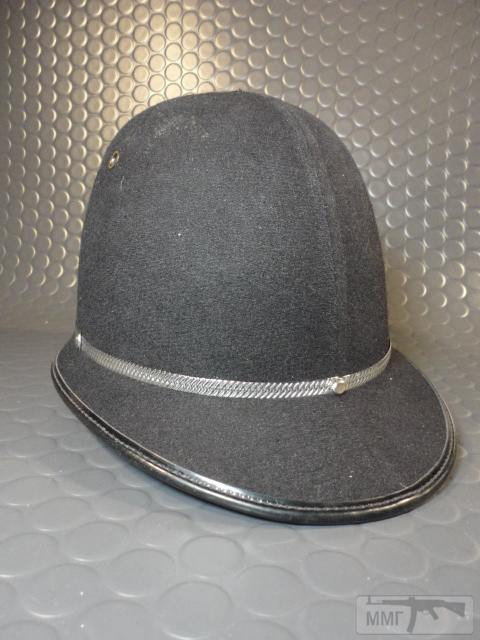 "20475 - Шлем полицейский Англия ""Бобби""."