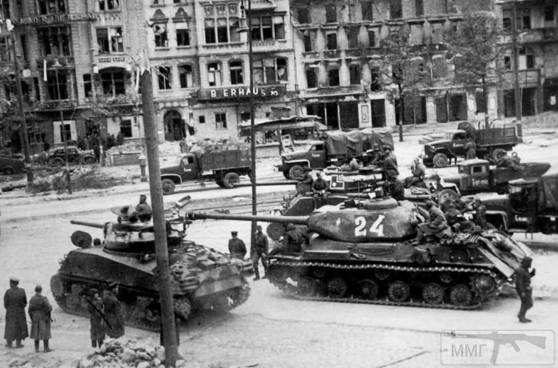21227 - Русский герой обороны Берлина