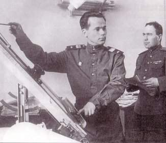 2133 - Кто на самом деле придумал автомат Калашникова?