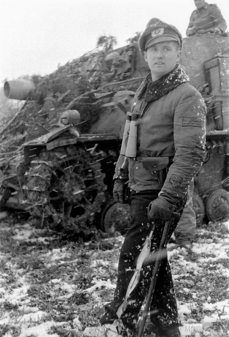 21702 - Великие и не очень танкисты Германии