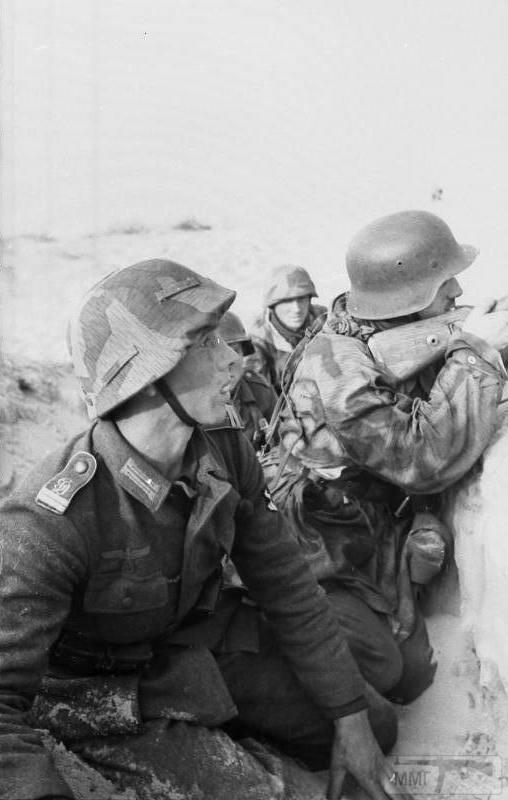 21757 - Военное фото 1941-1945 г.г. Восточный фронт.